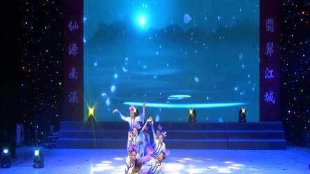 灵通学校2017年艺术节舞蹈九级班《盎然春色》