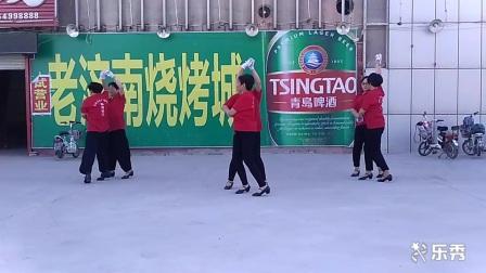 临清市火车站在家里广场舞 美女在家跳广场舞
