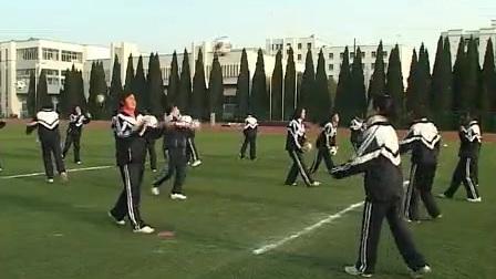 高二体育《足球(头顶球)》(高中体育名师工作室示范课教学视频)