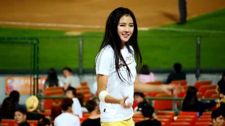 韩国啦啦队 美女热舞  'SHAKE IT'