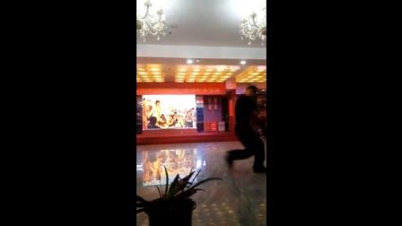 30-湘乡一中文艺队相聚晚会-舞蹈-我们这一辈-章