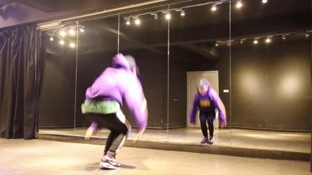 【武汉1ST舞蹈教学第26期张晨老师】张艺兴SHEEP羊(共6部分)镜面练习室完整跟音乐练习+动作分视频