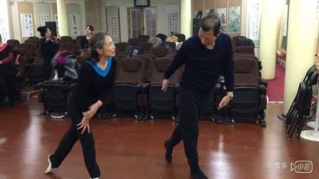 王歌学习舞蹈银真哈,傳姐教的耐心…&hell