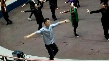 饶子龙舞蹈教学