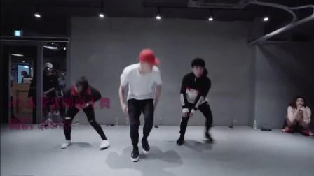 【1M】笑眼妹客串爵士舞神曲24K Magic,韩国爵士舞