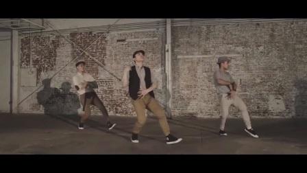 爵士舞热曲Paris外景版,韩国集体舞蹈教学视频