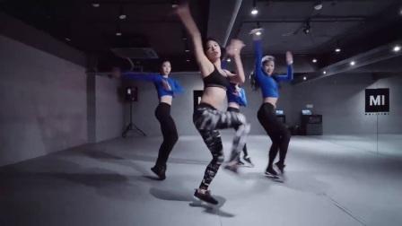 【1M】3妹纸性感爵士舞,最简单的韩国舞蹈