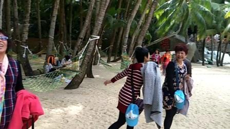 海南旅游:游览分界洲岛,这里银沙碧浪,碧海蓝