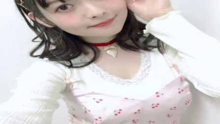 日本美女声优上坂瑾新写真完美演绎性感和甜美