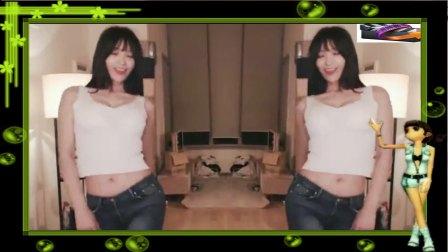 韩国女主播冬天直播热舞 这带球技术过分了吧?