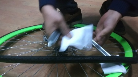 死飞自行车  公路自行车 自行车真空胎  实心胎  通用安装视频   30   40   50   60   70  刀圈可装