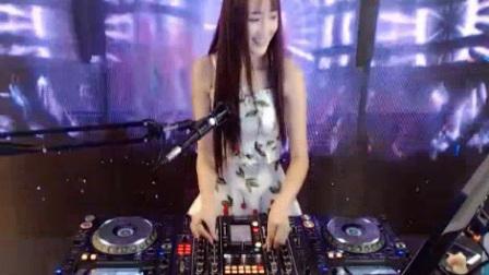 dj阿妹中文精品歌曲Dj2018舞曲慢摇现场美女78