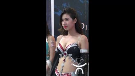 写真331_Chinajoy美胸好身材的美女美女热舞车展模