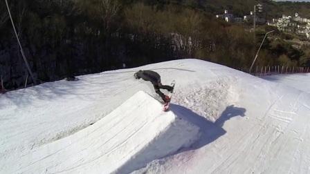 户外探险体育运动冬季雪山滑雪高清实拍视频素