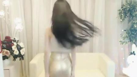 国内美女主播小耳朵_Mirror_性感热舞~