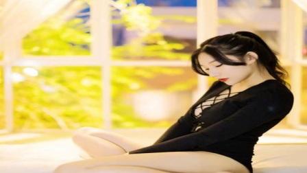 白过日本女星的女神家中自拍,网友一扯就烂~