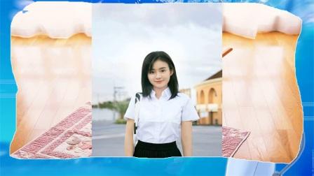 郑合惠子全新写真,宛若18岁少女漫步街边,满屏