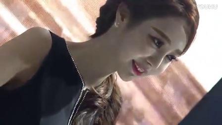 韩国车展上的美女车模, 长的太漂亮了, 丝袜高跟