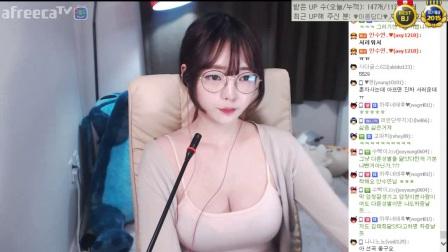 韩国bj-美女热舞白嫩蜜罐女主播伊素婉女主播
