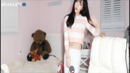 身材很不错韩国美女主播美女热舞伊素婉