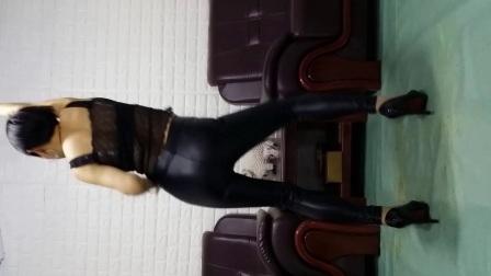 陈静广场舞 劲爆热舞 使劲摇 黑色的紧身皮裤怎么样
