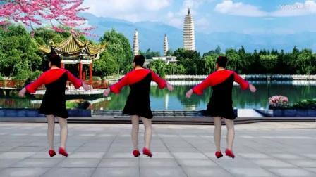 点击观看《最新宜阳明萱广场舞【小小新娘花】32步水兵舞》