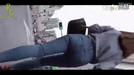 街拍牛仔裤333 - 酷6网视频_在线观看_第一改装网