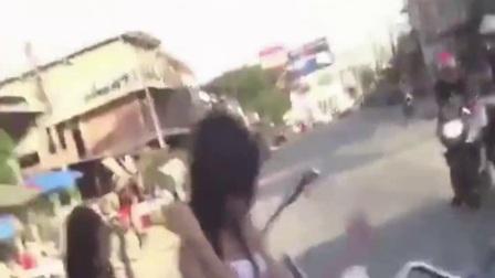 【美女车模】性感美女车模热舞福利视频