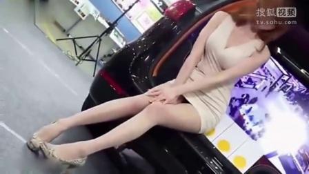 性感蛇皮高跟鞋美腿美女车模 韩国改装车展
