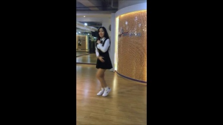 韩国美女主播艾琪bj0307韩国美女主播艾琳自拍蜜