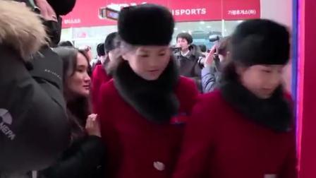 美呆! 朝鲜美女啦啦队个个都能推特写