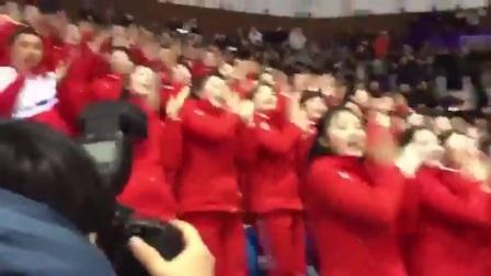 朝鮮美女啦啦隊瘋狂一幕