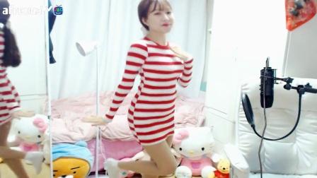 韩国女主播热舞掉衣服