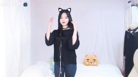 7韩国美女主播热舞自拍视频