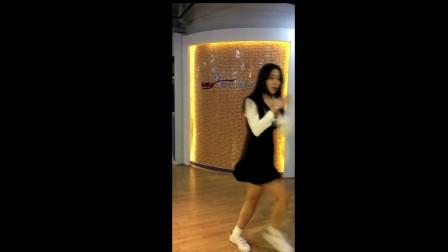 725韩国女主播热舞短裤视频青草