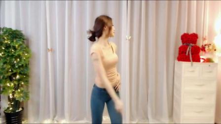 【乐翼美女热舞】03月08日女主播紧身自拍舞蹈鱼