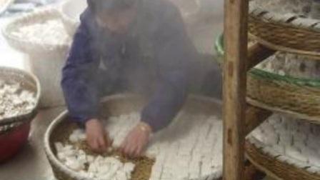 臭豆腐的制作過程雖然臭但是非常好吃!