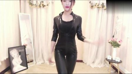 【乐翼美女热舞】03月19日女主播紧身自拍舞蹈淼