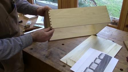 Townsend Kneehole Bureau Making the Drawers Step 10