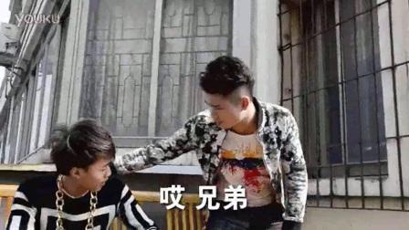 广西老表许华升搞笑视频美女卖黄瓜,笑喷了!