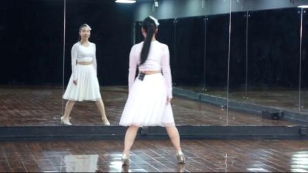 中老年广场舞视频教学 隐形的翅膀 正背面示范 口令动作分解