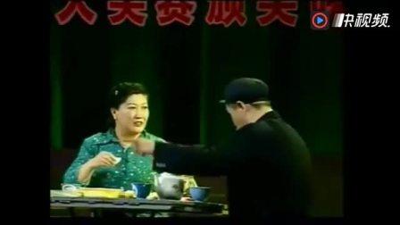 赵本山范伟春晚被毙搞笑小品《有钱了》,五秒