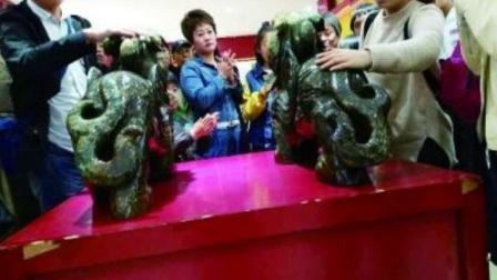 """北京黑一日游导游讽记者""""铁公鸡"""""""