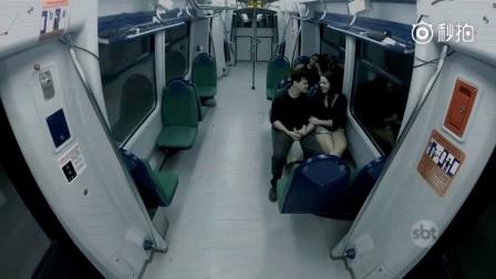 国外恶搞:满车丧尸恶搞地铁里的人们,太惊悚