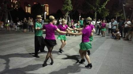 北京.姥姥~徐州分团~吴哥和四个美女一拖四练