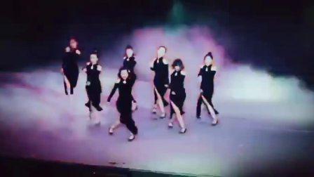 聚星舞蹈表演现场  爵士舞   钢管舞专业培训