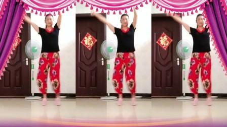 点击观看《大姐儿广场舞 鬼步舞 练舞功 编舞 笑春风》