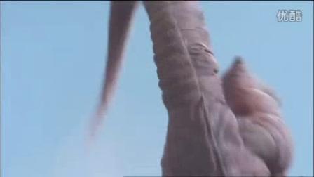 我在大怪兽格斗搞笑片段!哥莫拉乱扁弱逼奥特