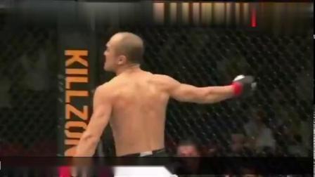 张铁泉代表中国进入UFC的擂台,40秒降服对手