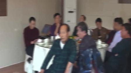 宁城县教师进修学校83-1班师生联谊会片段